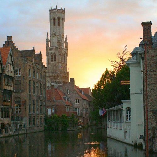 Bélgica Brugge Loyalgroup Loyal_group1