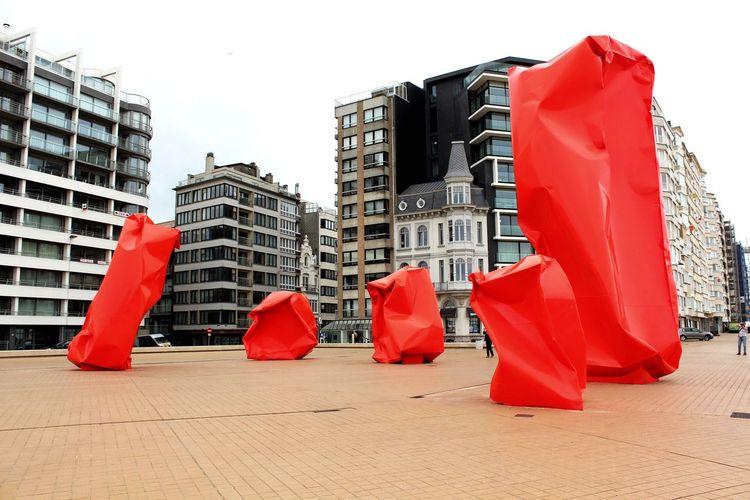 Oostende, Belgium Skulptur Red Surreal ArtWork Streetphotography Travel Photography Urbanphotography