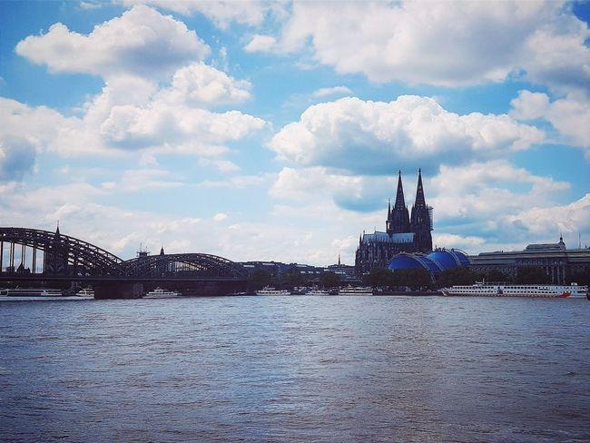 Summersky Nature Sky Landscape_captures Building Koelnergram Naturelovers Landscapelovers Landscape Landscape_lovers River Cathedral Cologne Colognecathedral