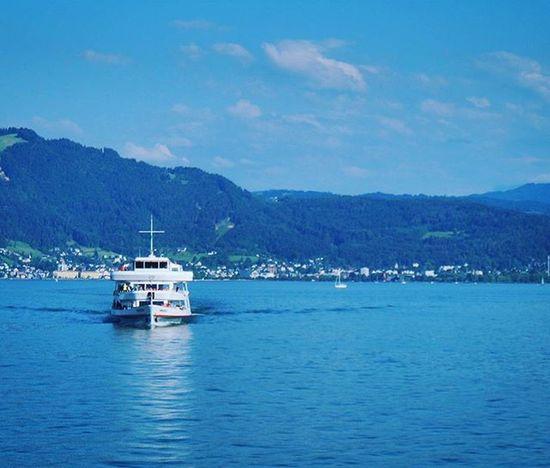 Beautiful View of the Lake . Cruiseship Sailing at the Hafen Port . Lindau Bodensee Deutschland Germany . Taken by my Sonyalpha DSLR Dslt A57 . مرفأ يخوت بحيرة جزيرة لينداو المانيا