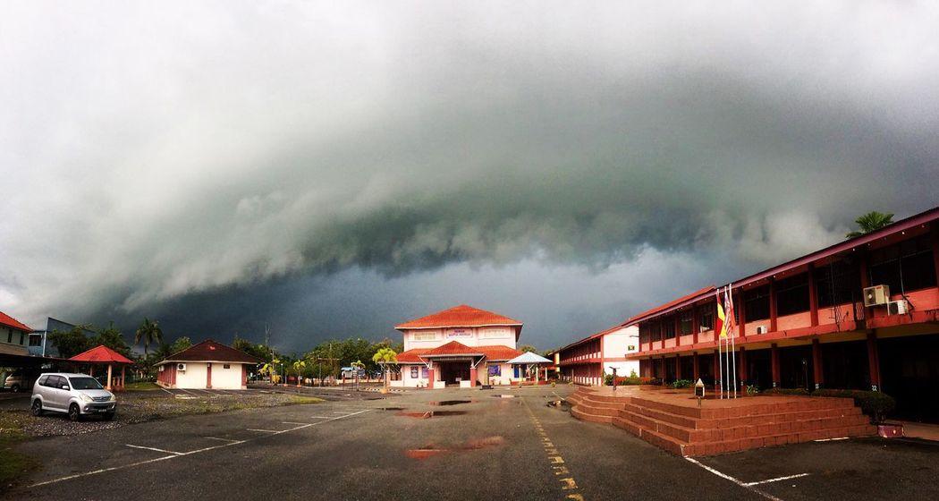 Garisbadai Cloudy School