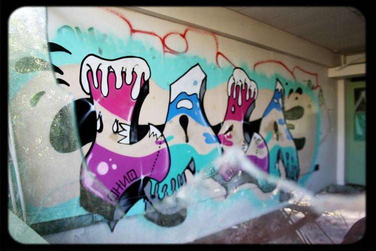 Graffiti Windows Lala