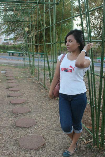 Makassar Maccini Sombala Sulawesiselatan Green Enjoying The Sun Beautiful Girl