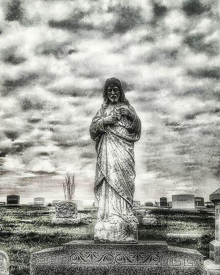 Mt Calvary 3....Ks_pride Atchison Wow_america World_bnw Graveyard_dead Headstone Kansasmag Wow_hdr Bnw_captures Dead Rip