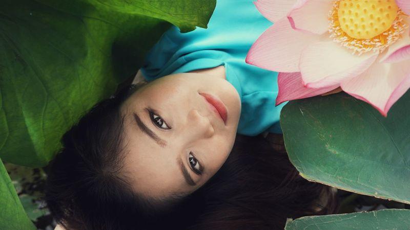 Vietnamese Charming Lotus My Friend Model Sony A5000