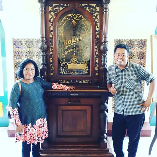 komet Siak Palace, Riau Palace Istana Istana Siak Siak Komet Monumen Beauty In Nature Building Exterior Built Structure Riau Portrait Togetherness Standing Looking At Camera Men Males  Smiling Urban Scene Office Building