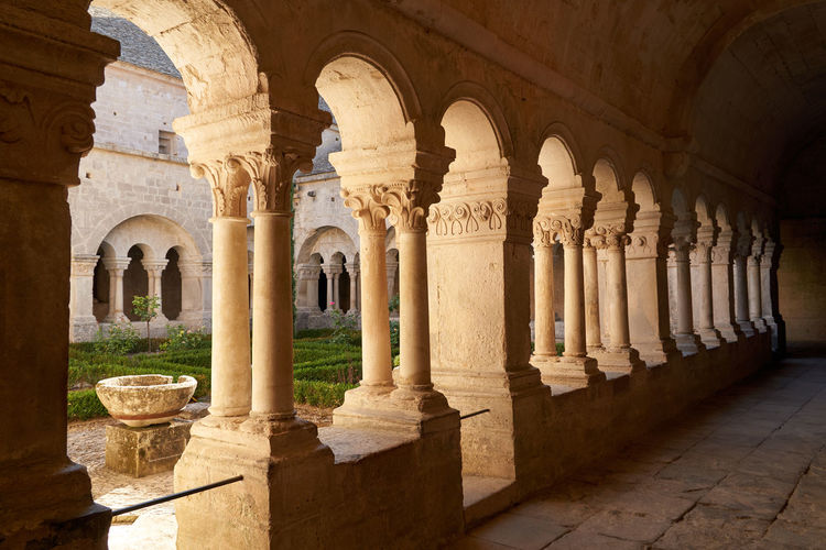 Monastery Saint Senaque Shadows & Lights Cultures Culumns France 🇫🇷 Holy Place No People