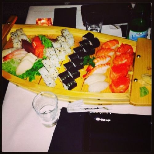 L'arca di sushi ▶◀ Naples Sushi Marshal Clibbing
