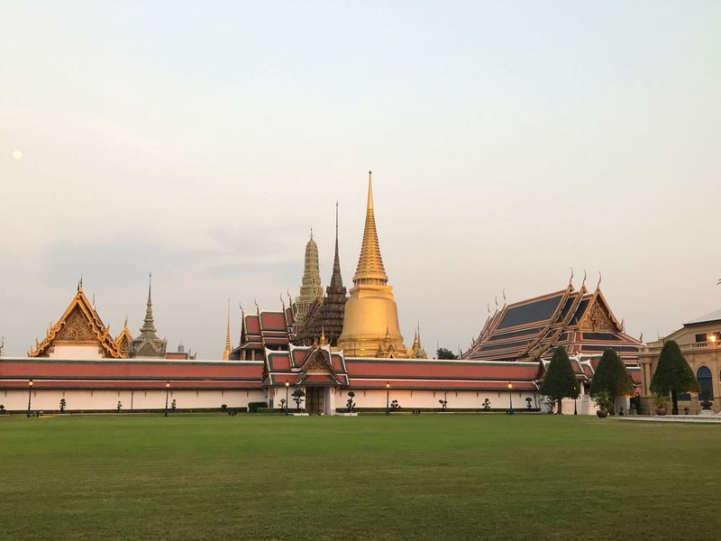 Sky Sunset Thai Architecture Religion Gold Colored Place Of Worship Temple of Emerald Buddha Bangkok Thailand