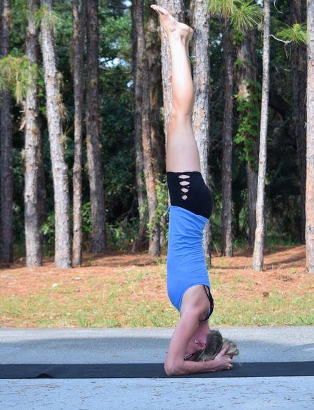 Yoga Yoga Pose The Essence Of Summer- 2016 EyeEm Awards The Portraitist - 2016 EyeEm Awards The Essence Of Summer Girl Power Athleisure Uniqueness