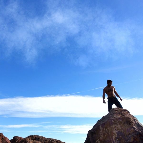 Sky One Person Full Length Adventure Real People Lifestyles Leisure Activity Rock - Object Outdoors Climbing Cloud - Sky Men One Man Only Only Men Adult