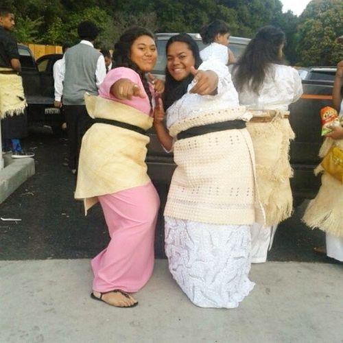 Tongan fobs in their pictures w/their tokos be like.... Imitatingtheguys NotLowEnoughHahah but we got it down Apitanga14 LP OfaCuhhh