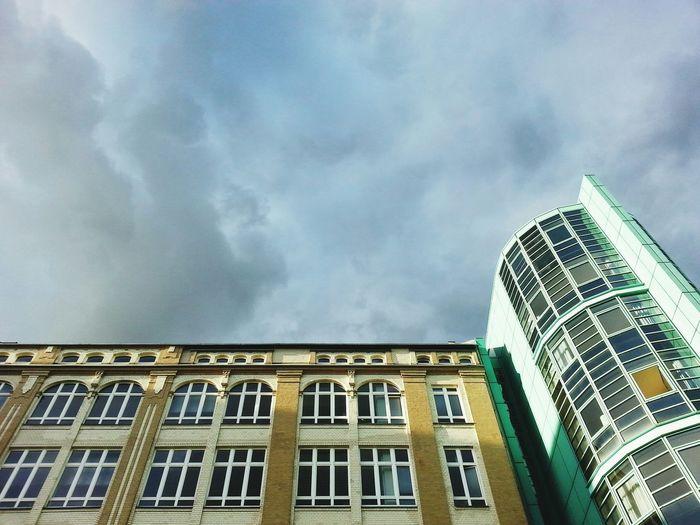Himmel Sky Clouds Gebäude Building Fenster An Der Spree