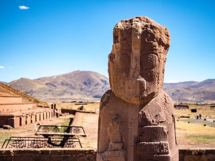 Statue in la paz, bolivia