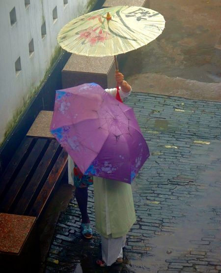 Rain Protection Rainy Season Wet Only Women People Outdoors Water Lifestyles Women Tongli China China Photos China In My Eyes China Culture EyeEm Selects