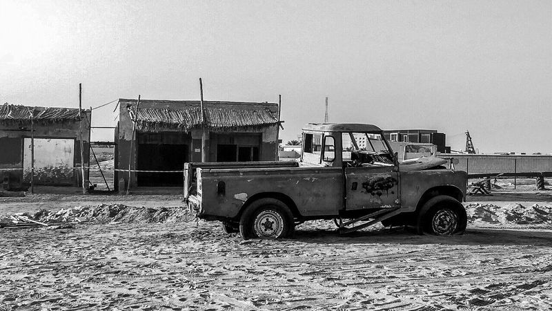 Abandoned truck. Abandoned Abandoned Places Truck Classic Classic Car UAE Rasalkhaimah Mydubai Travel Ghost Town Wanderer