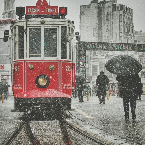 Taksim Kar Snow Istiklal Caddesi
