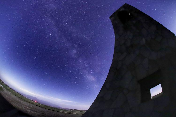 行きたかったけど今日はおとなしく😅 銀河鉄道の夜♪ 一目惚れんず 七夕 Astronomy Galaxy Space Milky Way Star - Space Constellation Astrology Sign Arts Culture And Entertainment Clear Sky City