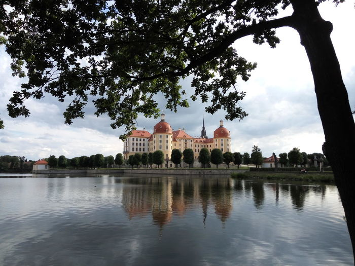 Baroque Palace Idylle Palace On The Water Schloss Moritzburg Baroque Architecture Palace Schloss Am Wasser Nature Tranquility Tranquil Scene Outdoors Travel Destinations Built Structure Tourism Water Architecture Sky