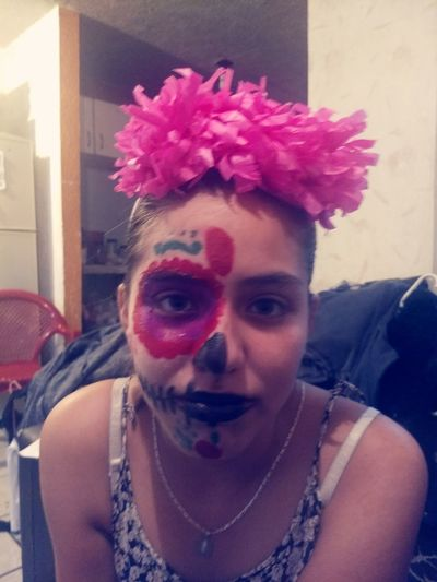 entre tradiciones Dia De Muertos México Pintura Portrait Clown Looking At Camera Holi Headshot Front View Pink Hair Mid Adult Powder Paint Men First Eyeem Photo