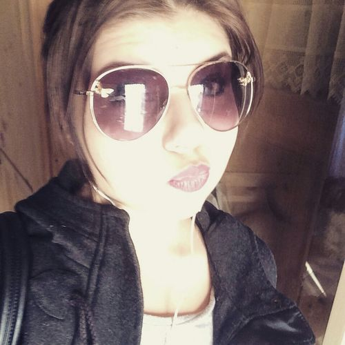 Lovelyday Check This Out Hi! That's Me Sunny Day Happy :) Lovemylife Thisday Sunglasses Sun ☀