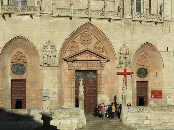 Place Of Worship Religion Jakobsweg Way Of Saint James Santa Maria Burgos SPAIN Spanien Cathedral Kathedrale Kirche Church Architecture Travel Destinations Sunlight