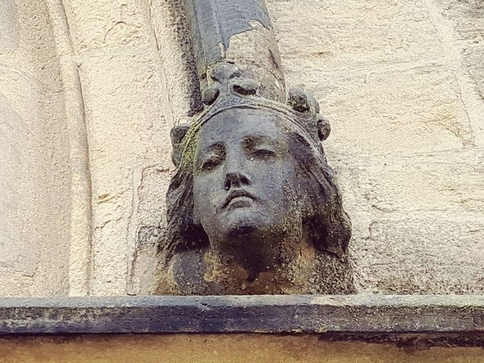 Happy Soul Church Religion Face Stone Portrait Decorative Sculpture Statue Close-up Architecture Human Representation Carving - Craft Product Sculpted Female Likeness Art Carving Bas Relief Angel Art And Craft Virgin Mary