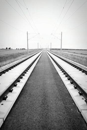 Perspective Fluchtpunkt Black And White Photography Walking Around Open Edit Eye4black&white  Railway Railphotography Horizont  Urban Geometry