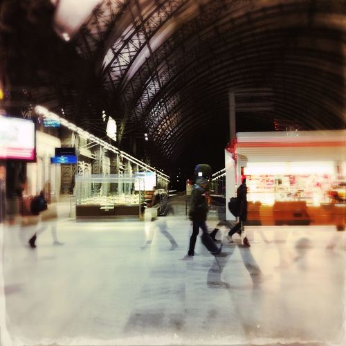 Waiting For A Train Trainstations Bahnhof Hauptbahnhof Dresden Everydaylife Serie Hauptbahnhof