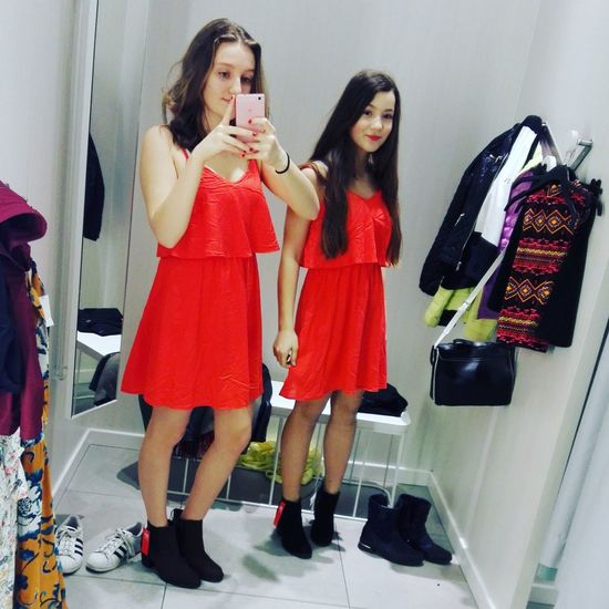 Polishgirl Taking Photos Cheese! Hi! Selfies Relaxing Shopping ♡ Sisters ❤