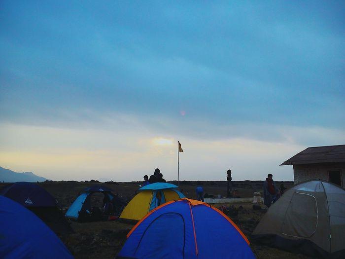Camping with friends Morning Sunrise Trekk Trekkers Fort Morningtea Friends Camping Tents Fun