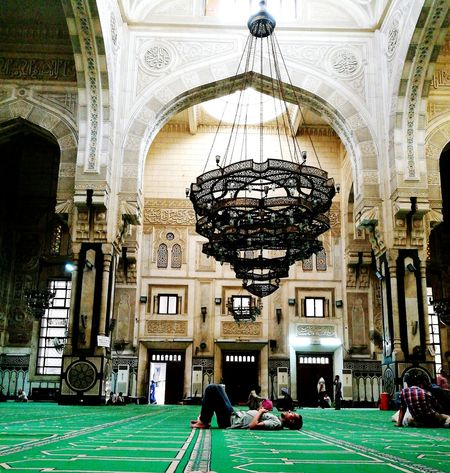 Sleeping with all peace in the mosque Architecture Slllleeeeppp! Peace And Quiet Peace ✌ Mosque