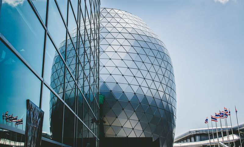 Architect that cool!!! Building Exterior Architecture Built Structure Glass Reflection Thailand Sphere Glass