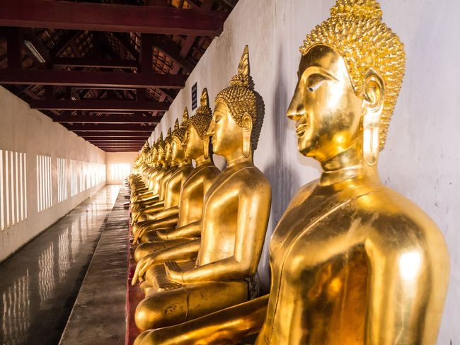 Architectural Column Architectural Feature Art Art And Craft Buddha Carving Carving - Craft Product Creativity Cultures Design Famous Place Gold Colored History No People Ornate Place Of Worship Religion Sculpture Spirituality Statue Temple Temple - Building Tourism Travel Destinations
