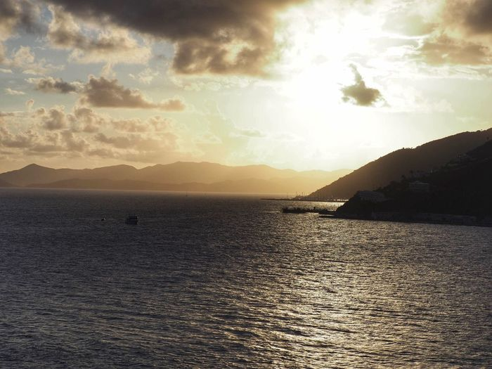 Sky Water Sea Cloud - Sky Scenics - Nature Beauty In Nature Tranquility Sunlight No People Nature Sun Idyllic