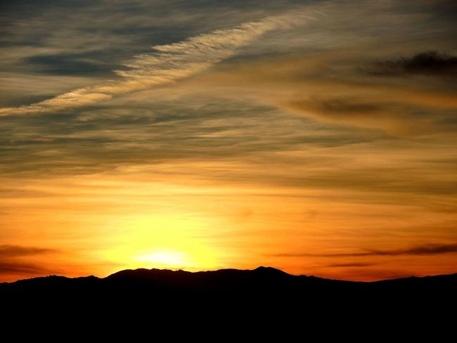 Dawn Light Dusk Sky Sky And Clouds Sunset_collection Beauty In Nature Dawn Of A New Day First Light Of The Day Nature Nature_collection Outdoors Scenicsunset Silhoutte & Sky Sky Sunset