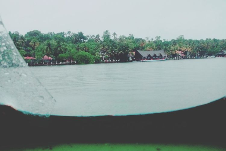 The Backwaters Ashtamudilake