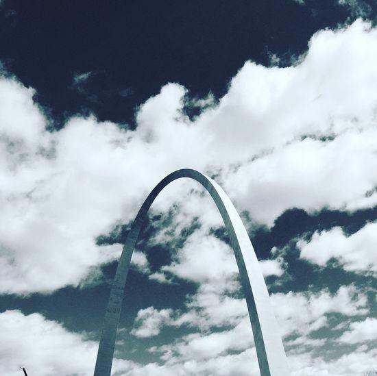 Mid century modernism. The Gateway Arch in St. Louis. Modern Architecture Architecture Architecture Photography Lookup St. Louis St. Louis Arch Missouri Saarinen Cloudporn