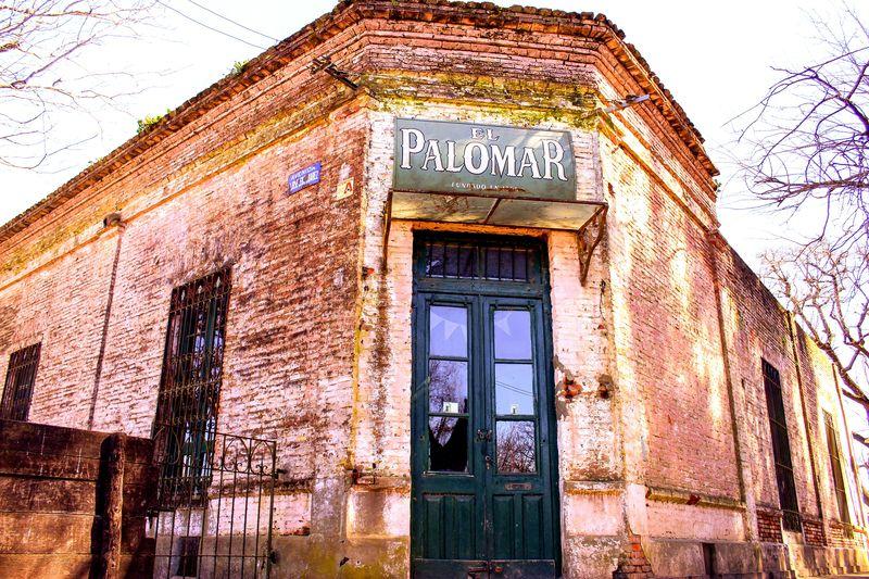 Viejo boliche El Palomar Old Hause Boliche Almacén Antiguo Tradition Tradición Storefront Market Architecture Building Exterior Built Structure Door Closed Door Front Door