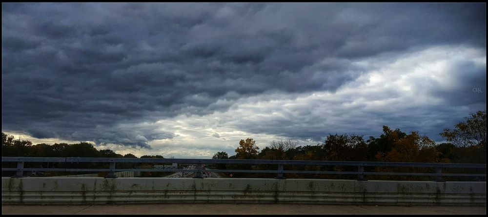 Dramatic Cloudporn 🌫💙🌫 Dramatic Sky Storm Cloud Beautiful Moody Sky And Clouds Sky Outdoors Cloud - Sky Fall Colors Driving Shots Traffic