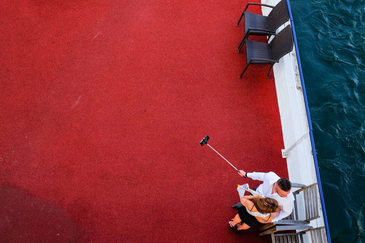 Couple FUJIFILM X-T1 Red And Blue Riverboat Seine Selfie View From The Top The Tourist