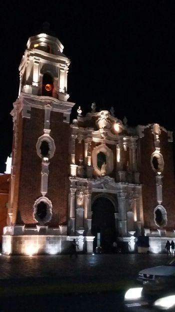 Hermosa la arquitectura de Tlaxcala la bella Church Taking Photos Arquitecturamexicana Arquitecture Nightphotography Tlaxcalalabella