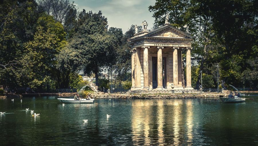 Temple and pond at villa borghese