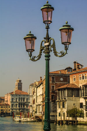 Venedig ohne Touristen, Venice withaout Tourists Venedig, Ohne Touristen, Lagune, Frühling, Venice, WithoutTourists, Springtime, City, Sea, Water, Historical, Old Town Architecture City Clear Sky Lighting Equipment Street Lamp Street Light