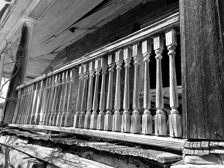 """The Long Front Porch"" The weathered and rickety front porch of an abandoned and once stately house in the Village of Corona, New Mexico, USA. Porches Porch Frontporch Weathered Weatherdwood Abandoned Buildings Abandoned House Oldhouse RuralExploration Blackandwhite Photography Blackandwhite Black And White Newmexico"