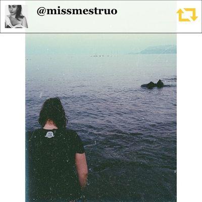 RG missmestruo: Chiara La Scura by the sea. #tshirt #design #graphic #sardegna #sea #blue #sunset #igersitalia #brunette #chiaralascura #regramapp Sea Sunset Blue Design Graphic Sardegna Tshirt Brunette Igersitalia Chiaralascura Regramapp