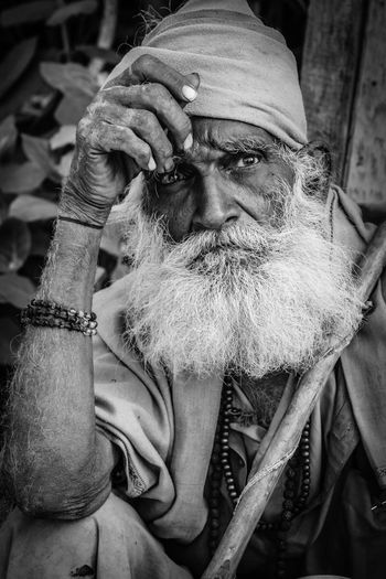 Lonely - Portrait black and white Blackandwhite Close Up Close-up EyeEm Black&white! EyeEm Portraits Indian Lonely Old People One Person Portrait Real People Sadness Senior Adult