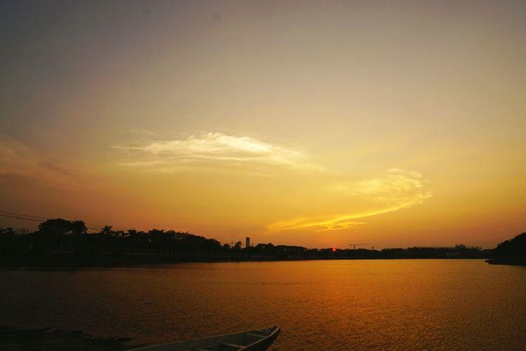 Bangkok Sky Sunset Boat