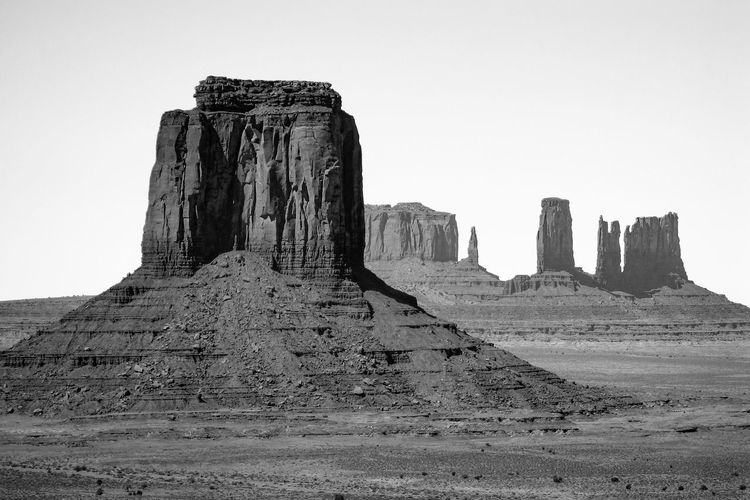 Monument Valley Black & White Desert Grayscale Monument Valley Black And White Desert Beauty Desert Landscape Eroded Eroded Landscape Eroded Rocks Geological Formation Geological Formations Geology Monochrome Physical Geography Rocky Landscape Sandstone Sandstone Rock Formation Sandstone Rocks Scenic Landscape The Old West Western Western USA Wind Erosion