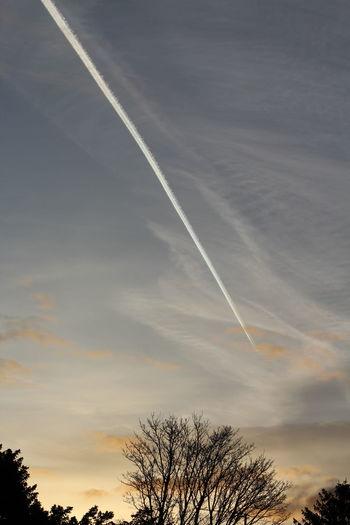 Sunset Sky Cloud - Sky Storm Cloud Sunrise Cloud And Sky Vapor Trails
